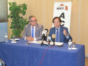 La acet firma un macro convenio de colaboraci n con intu for Clinica santa elena torremolinos