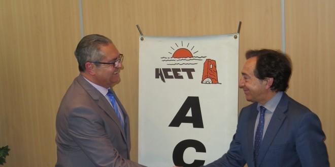 Acet muestra su apoyo al proyecto intu costa del sol for Clinica santa elena torremolinos