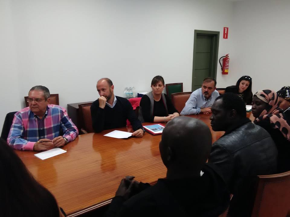 Acet y ayuntamiento reuni n problematica top manta for Clinica santa elena torremolinos