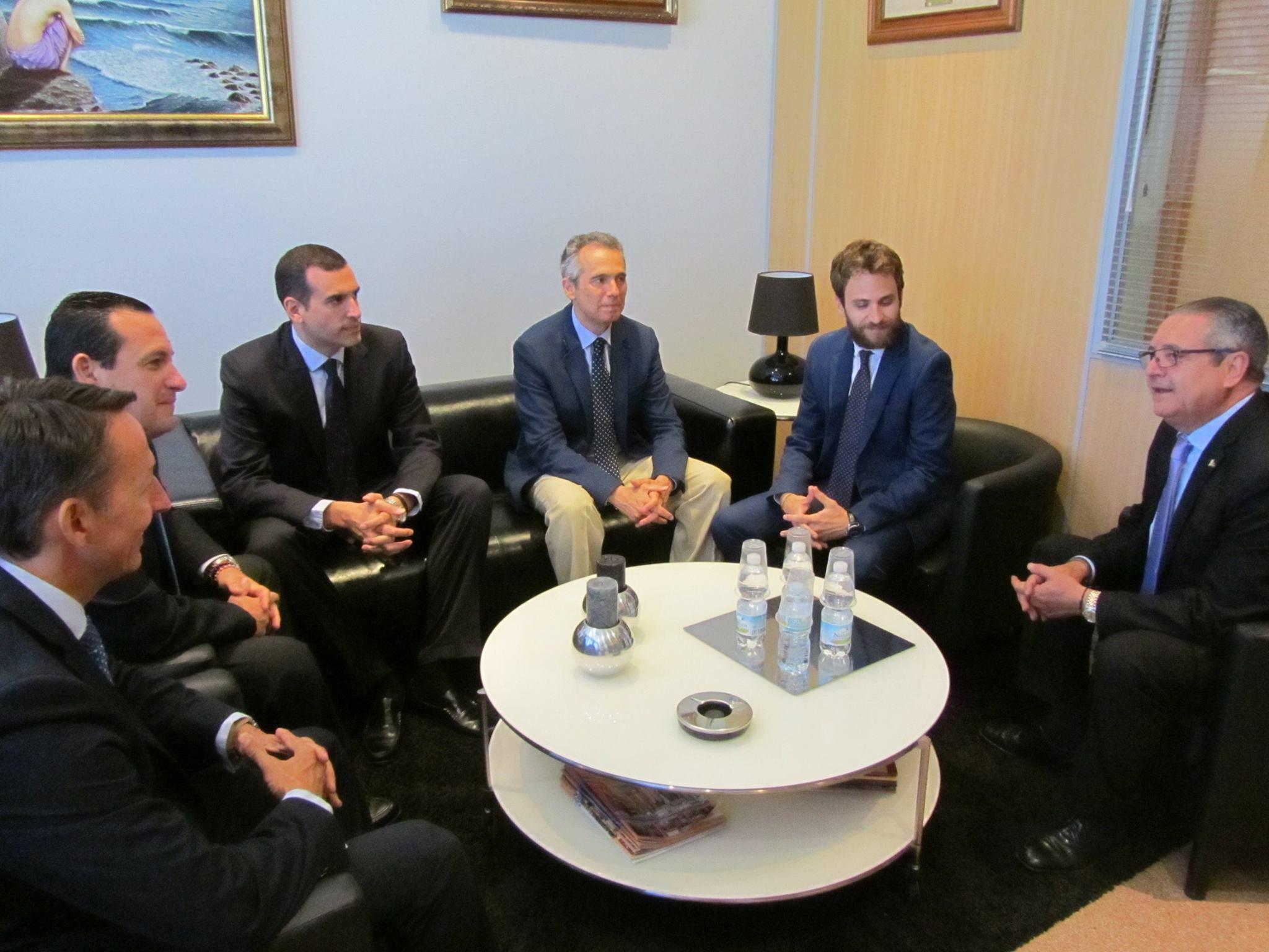 Convenio con lemat abogados y consultores m laga s l acet torremolinos - Convenio de oficinas y despachos madrid ...